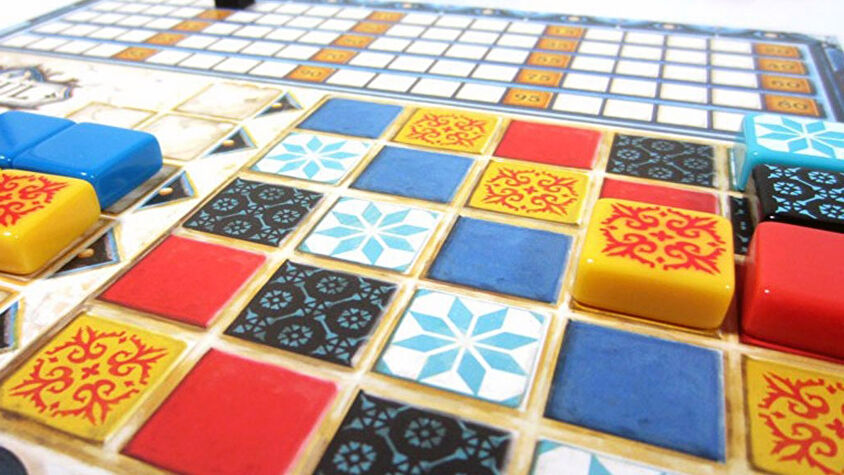 Azul, a beginner friendly board game in which you lay down colourful tiles.