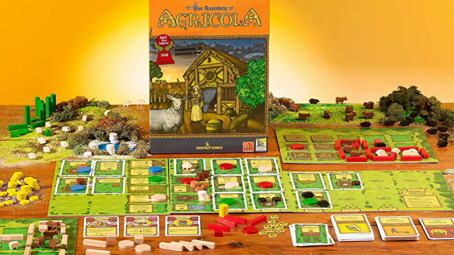 agricola-board-game-components.jpg