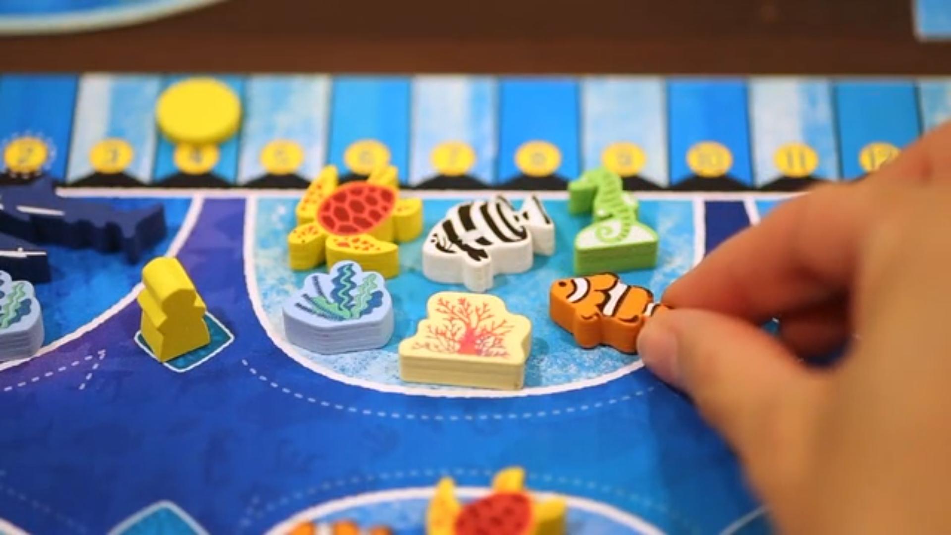 aqua-garden-board-game-tank.png
