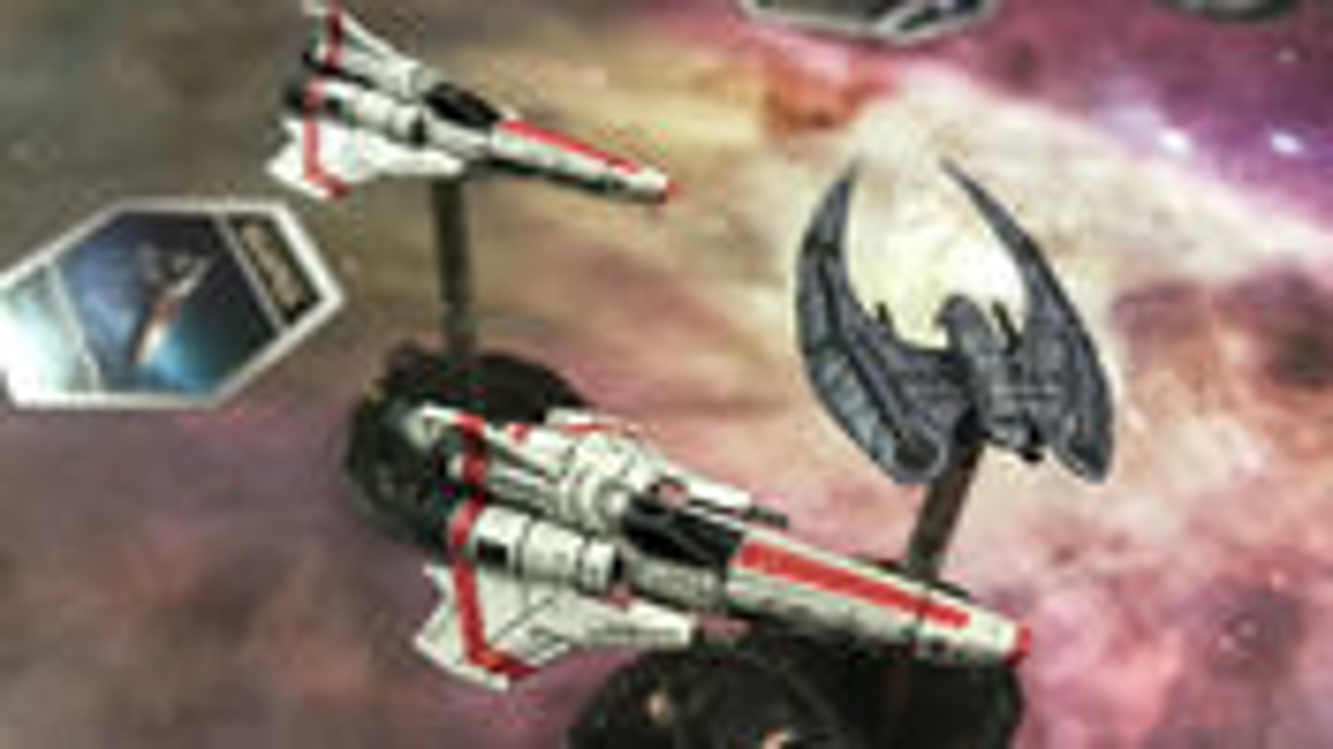 Battlestar Galactica: Starship Battles miniatures