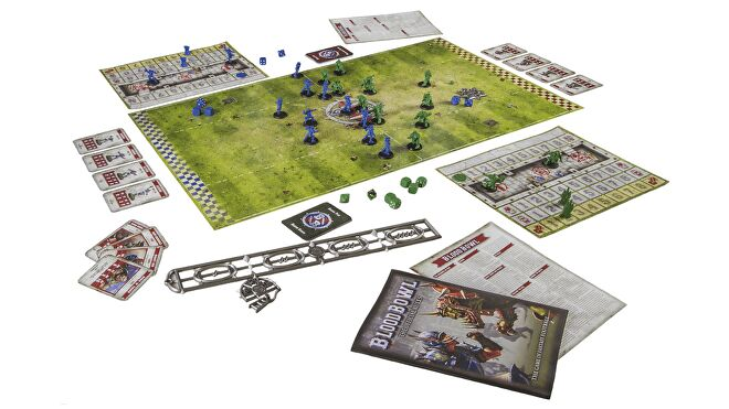 blood-bowl-miniatures-game-layout.png