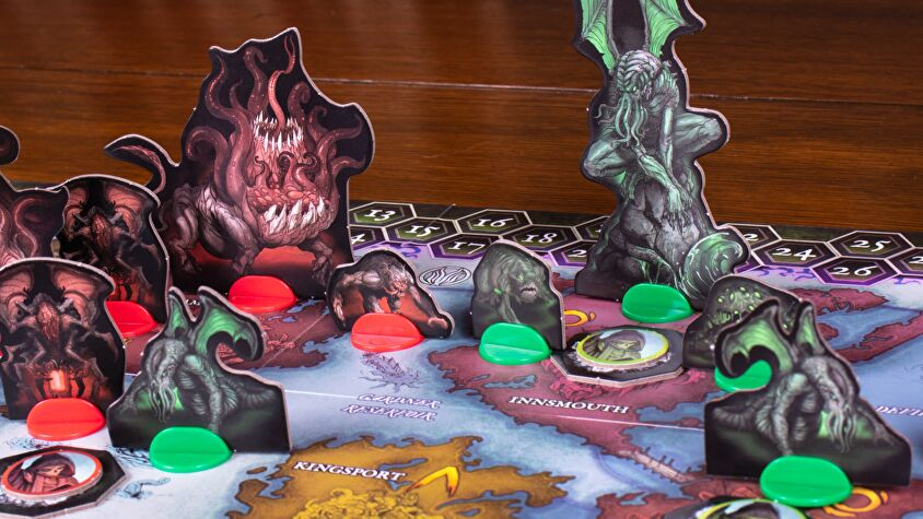 cthulhu-wars-duel-gameplay.png