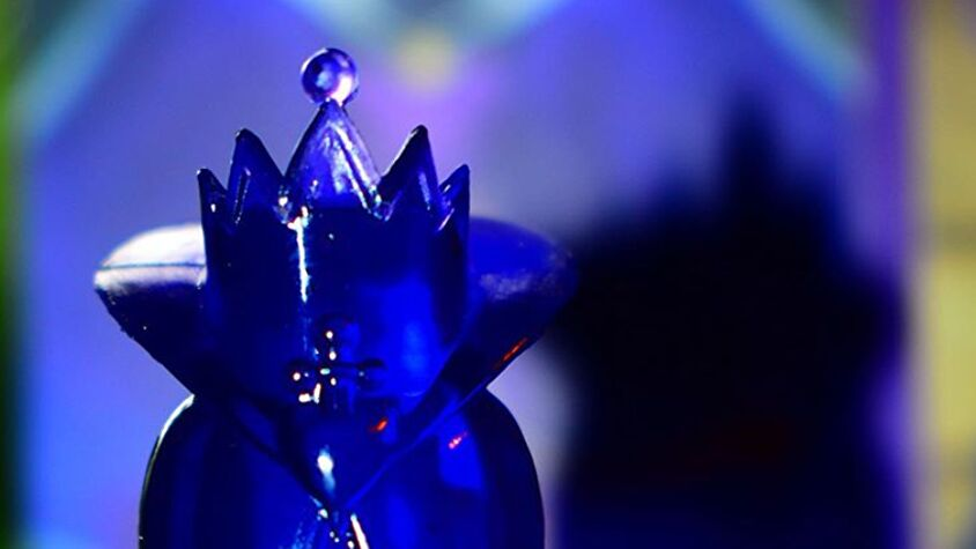 Disney Villainous board game Evil Queen