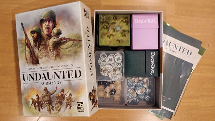 Undaunted: Normandy board game with deck box organisers