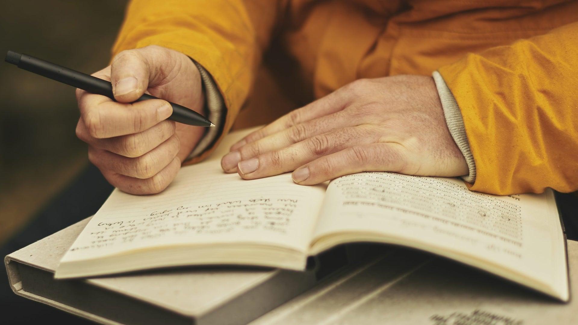journal-handwriting-pen.jpg