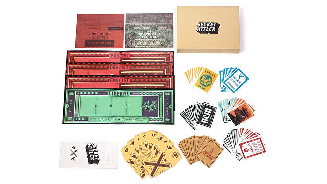 Secret Hitler 'Cenblue' board game counterfeit