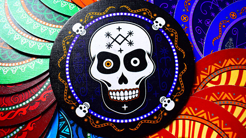 Skull party board game photo