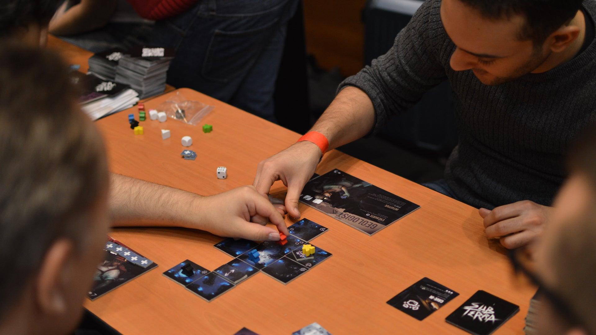 sub-terra-board-game-gameplay.JPG