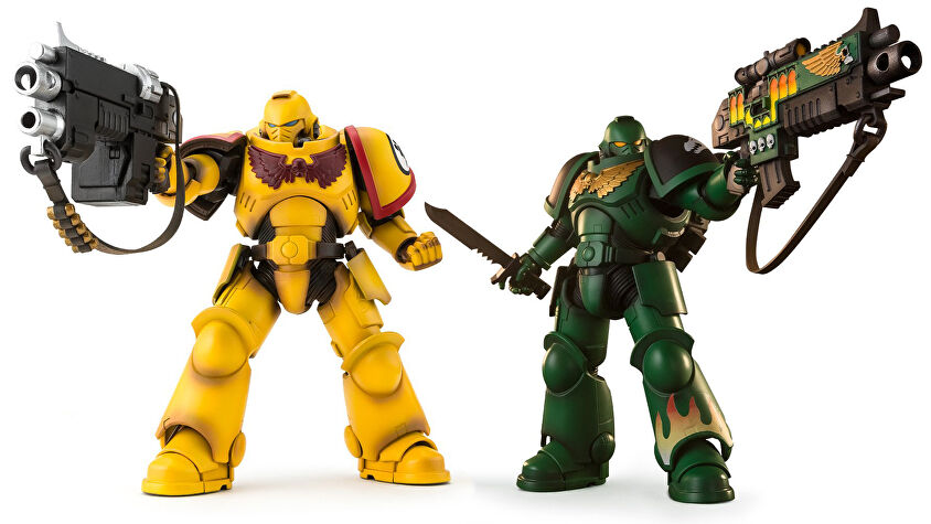 warhammer-40k-space-marine-action-figures.jpg